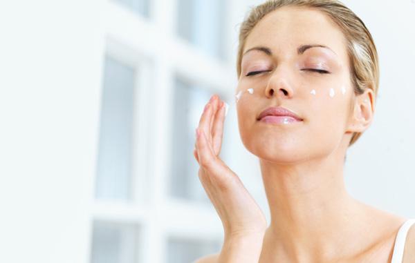 Quy trình dưỡng da sáng mịn vào mùa thu đông buổi sáng và buổi tối - Hình 5
