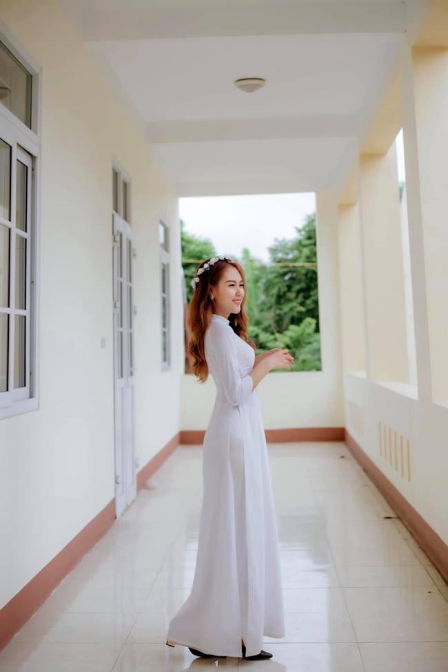 Nữ sinh em chưa 18 Phú Thọ rủ nhau thi hoa hậu: Cứ mặc áo dài là đẹp ngẩn ngơ - Hình 2