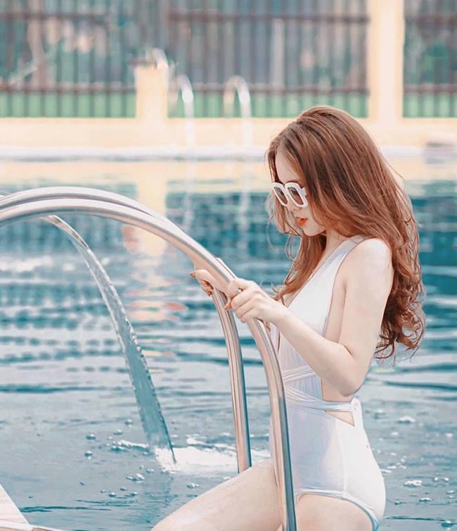 Nữ sinh em chưa 18 Phú Thọ rủ nhau thi hoa hậu: Cứ mặc áo dài là đẹp ngẩn ngơ - Hình 14