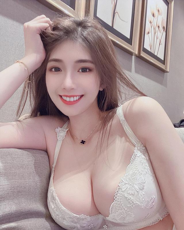 Bị đột nhập vào phòng lúc đang ngủ, nàng hot girl xinh đẹp khiến fan sửng sốt khi lộ ảnh giường chiếu quyến rũ - Hình 5
