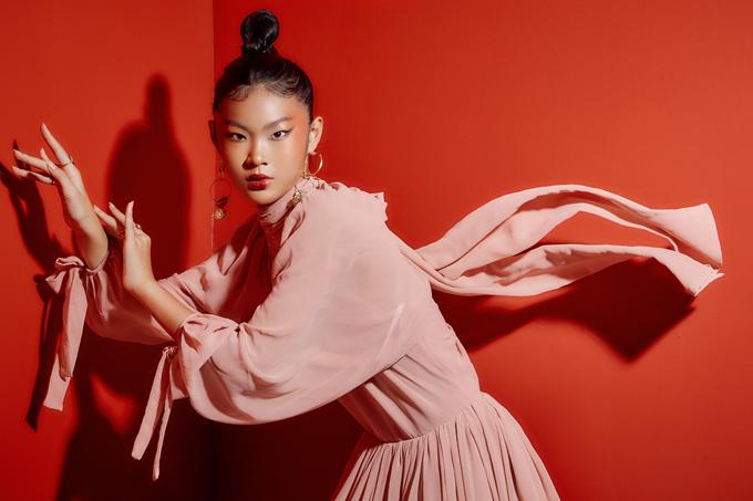 Mẫu nhí Eva Wu diện váy xuân của NTK Thanh Huỳnh - Hình 1