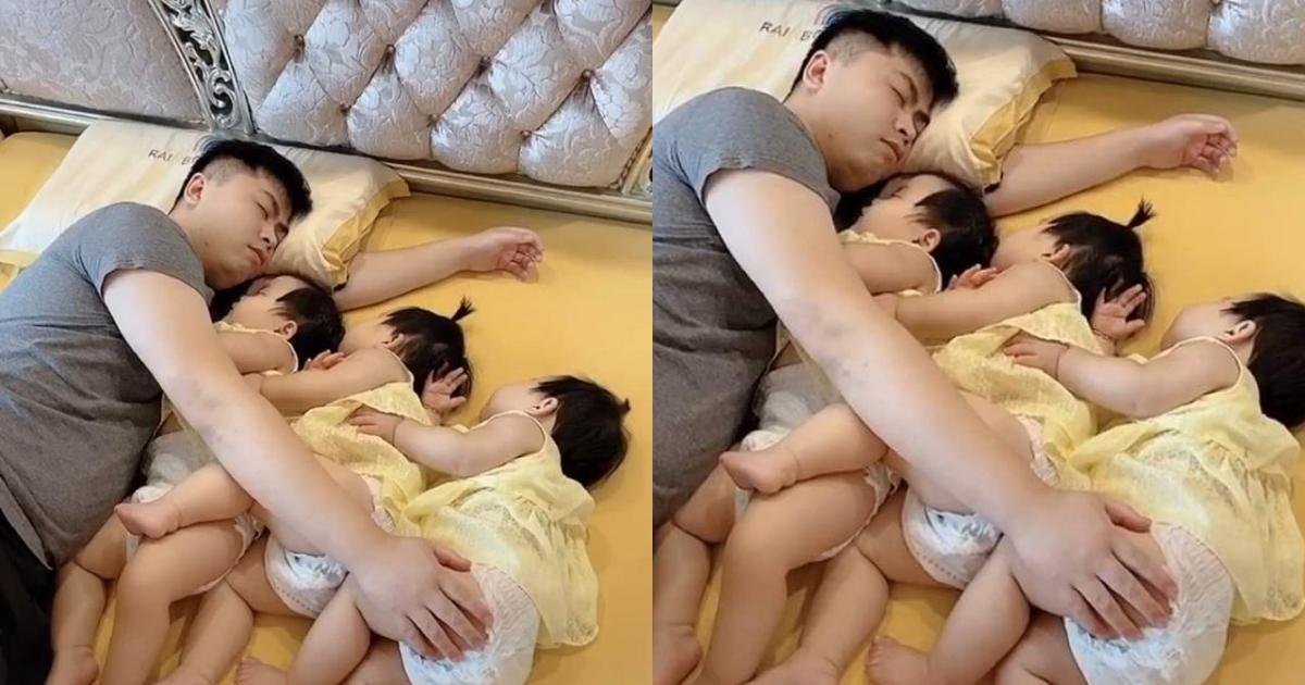 Kể từ khi có 3 cô con gái sinh ba, mỗi tối trước khi đi ngủ cảnh tượng nhìn thấy trên giường khiến bà mẹ không khỏi chạnh lòng