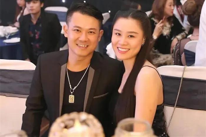 Lộ tin nhắn vợ 2 Vân Quang Long đòi chồng chu cấp 40 triệu tháng vẫn không đủ, chửi cố ca sĩ là thằng khốn - Hình 12