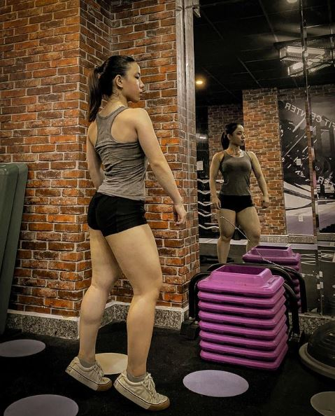 Sự thật bất ngờ đằng sau thân hình cơ bắp cuồn cuộn của cô gái Cà Mau - Hình 2