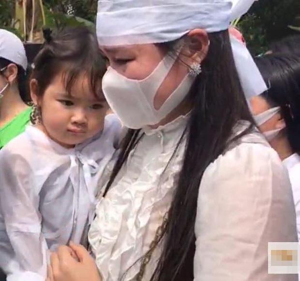 Vợ hai Vân Quang Long gọi mẹ chồng là BÁC, khóc nghẹn nói lời xin lỗi - Hình 2