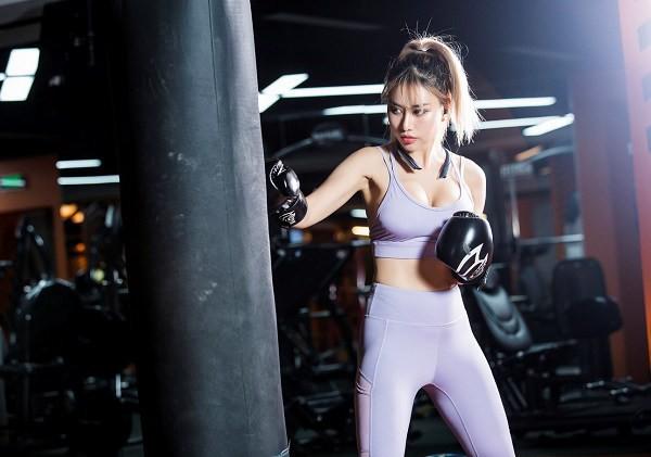Bí kíp sở hữu vóc dáng bốc lửa của Nữ hoàng phòng gym Trang Tracy - Hình 3