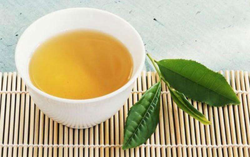 Rửa mặt bằng trà xanh hàng ngày mang lại lợi ích gì cho làn da? - Hình 2