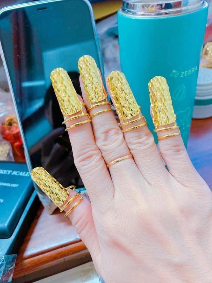 Xuất hiện bộ nail đúng chuẩn chân lấm tay bùn khiến dân tình sợ - Hình 5