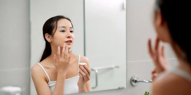 8 mẹo chăm sóc da giúp bạn trẻ lâu - Hình 10