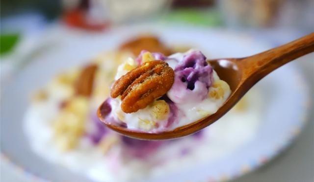 Sữa chua khoai lang - món ăn vặt healthy cho nàng vòng eo thon gọn, dáng xinh đón Tết - Hình 2