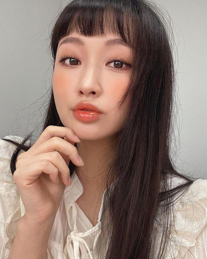 3 cách tô son vừa trẻ vừa xinh hot nhất hiện tại của gái Hàn - Hình 5