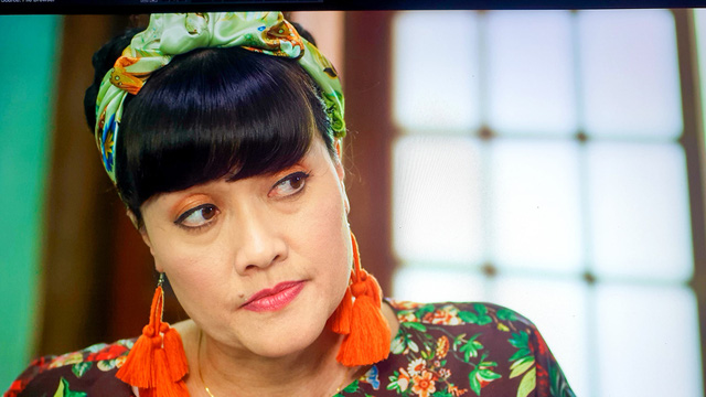 Nhức mắt trước tạo hình màu mè của Việt Anh và Vân Dung trong Hướng dương ngược nắng - Hình 3