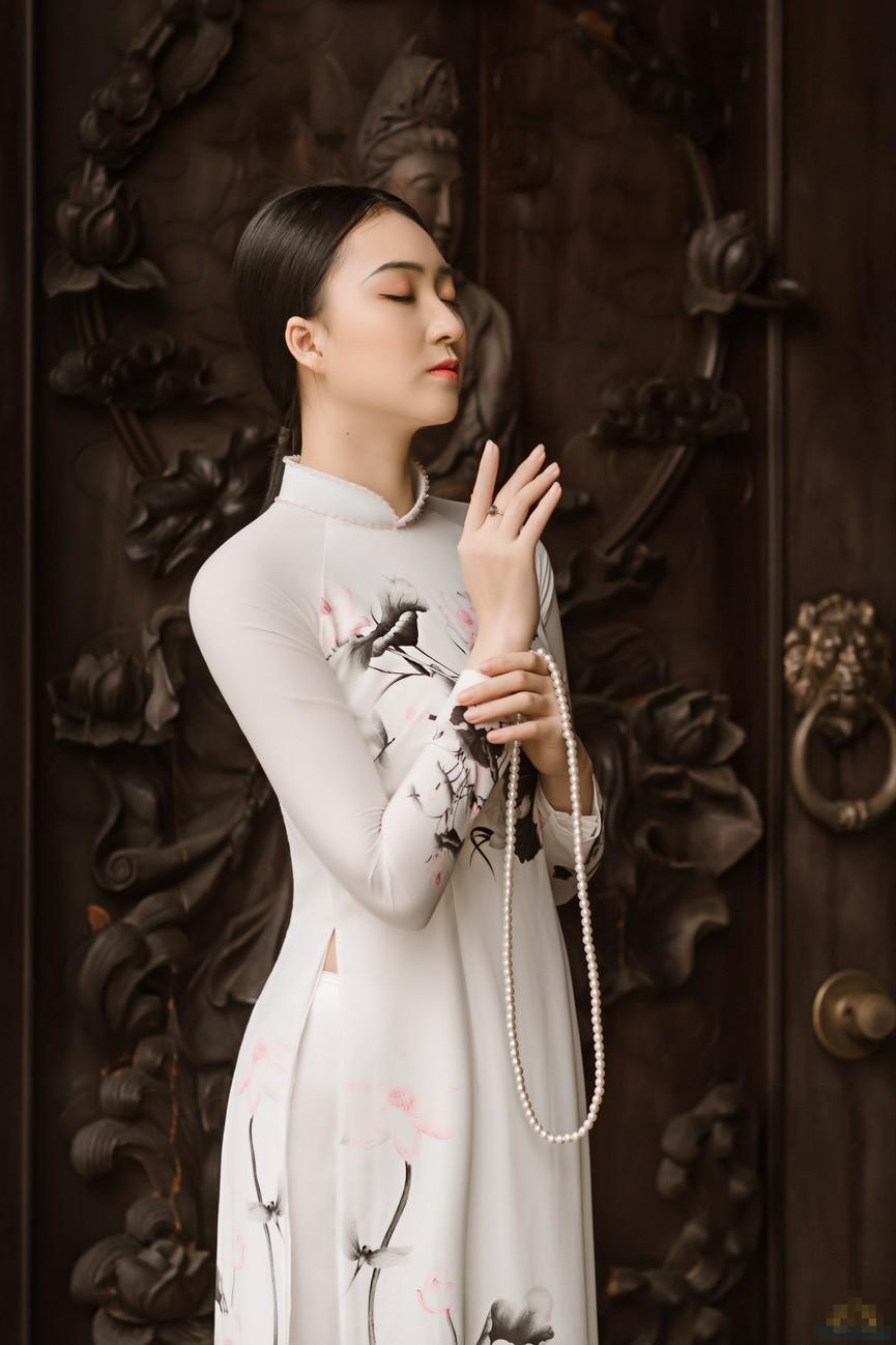2 cô gái lọt Top 5 Người đẹp Thể thao HHVN 2020 'đọ sắc' với áo dài - Hình 4