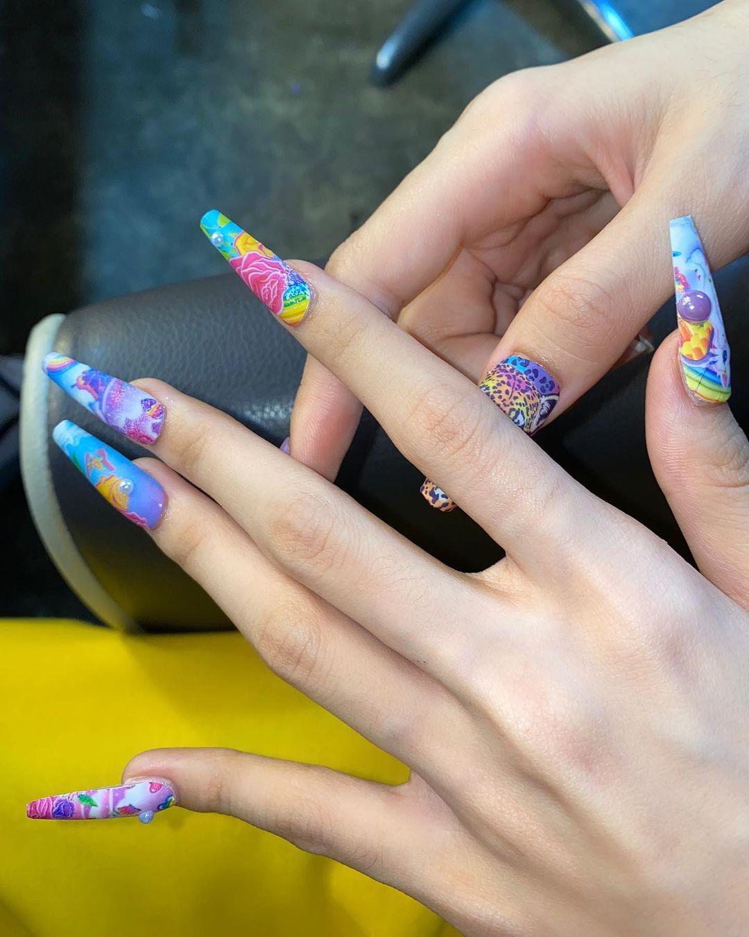 5 trend làm nail đang hot rần rần, chị em diện Tết cực sành điệu - Hình 18