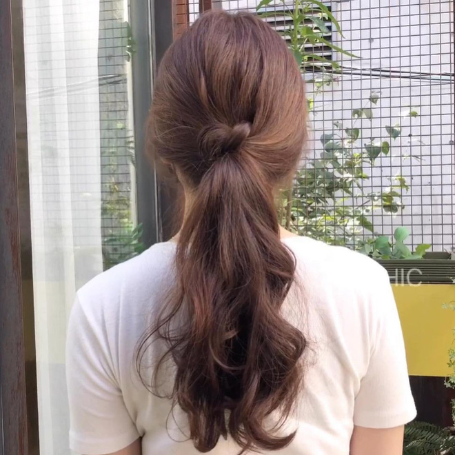 Giắt túi 5 chiêu buộc tóc xinh xẻo dễ làm để Tết này có tóc sang xịn đi chơi - Hình 10