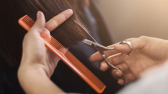 Muốn tóc mọc nhanh hoặc không chẻ ngọn cần biết bao lâu nên cắt tóc, và đây là đáp án - Hình 3