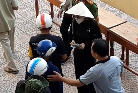 Thừa Thiên - Huế báo cáo việc từ thiện của ca sĩ Thủy Tiên lên Bộ Công an - Hình 1