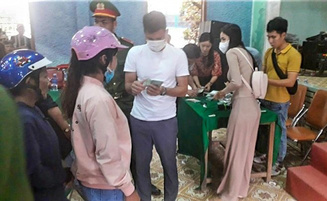 Hai huyện ở Quảng Nam báo cáo Bộ Công an việc từ thiện của Thủy Tiên - Hình 1