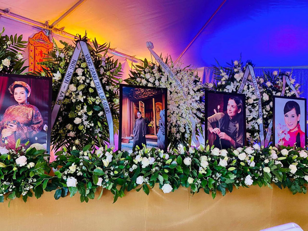 Con gái ruột Phi Nhung nói lời cảm tạ, rất xúc động vì 1 điều sau tang lễ của mẹ - Hình 5