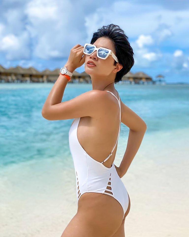 Trang Trần bao nữ đại gia đi nghỉ mát, sẵn sàng chiến body - Hình 2