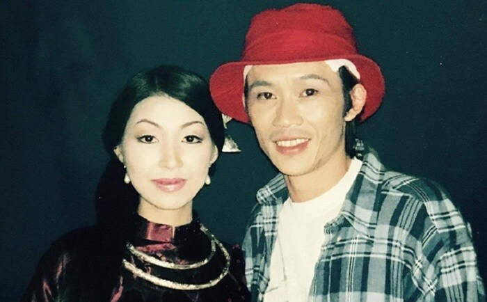 Danh tính nữ ca sĩ bị chỉ trích vì tự nhận là vợ Hoài Linh, đau xót khi bố chồng qua đời - Hình 4