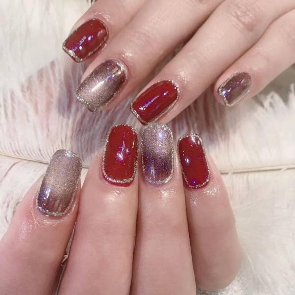 Những mẫu móng tay màu đỏ Tết được nhiều chị em chia sẻ! Giờ vẫn kịp để bạn làm đẹp cho mình - Hình 32