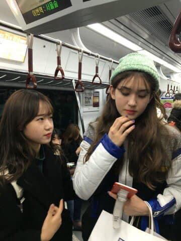 Nhan sắc thật của dàn mỹ nhân Hàn Quốc qua loạt ảnh chụp vội bởi team qua đường: Lisa liệu có xứng với danh xưng mỹ nhân đẹp nhất châu Á - Hình 8