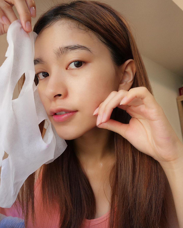 3 loại mặt nạ giấy hội gái Đài yêu thích nhất, giúp thu nhỏ lỗ chân lông khiến da căng mướt đón Tết - Hình 1
