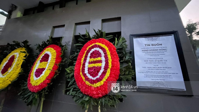 Tang lễ cố NSND Hoàng Dũng: Người thân lặng lẽ bên linh cữu, NS Công Lý - Việt Anh cùng nhiều đồng nghiệp đến tiễn biệt - Hình 19