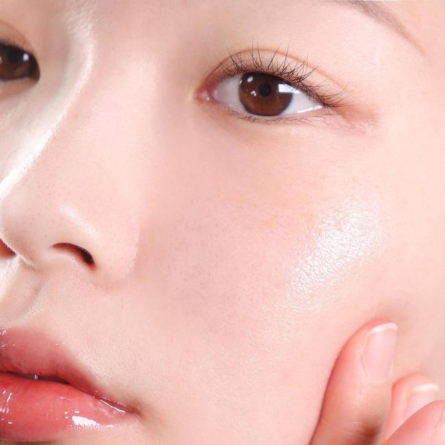 Theo bác sĩ: Đây là 5 cách dễ và nhanh nhất để khiến lỗ chân lông gần như mất dạng, da đẹp mỹ mãn đón Tết - Hình 4