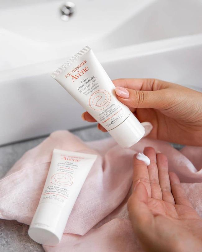 5 lọ kem dưỡng xoa dịu và phục hồi thần tốc làn da makeup nhiều trong Tết, giữ da đẹp căng quanh năm suốt tháng - Hình 5
