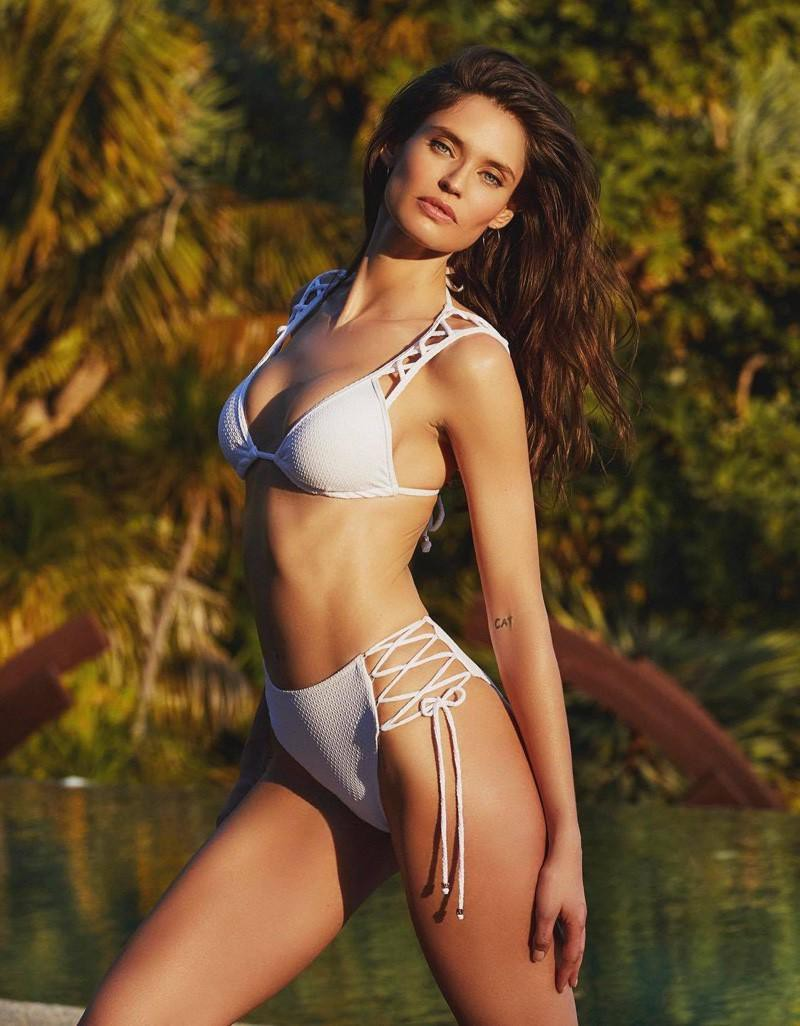 Thiên thần sắc đẹp nước Ý Bianca Balti khoe đường cong nóng bỏng với nội y - Hình 7