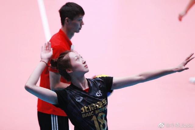VĐV bóng chuyền xinh như thiên thần của Trung Quốc bất ngờ giải nghệ sớm - Hình 5