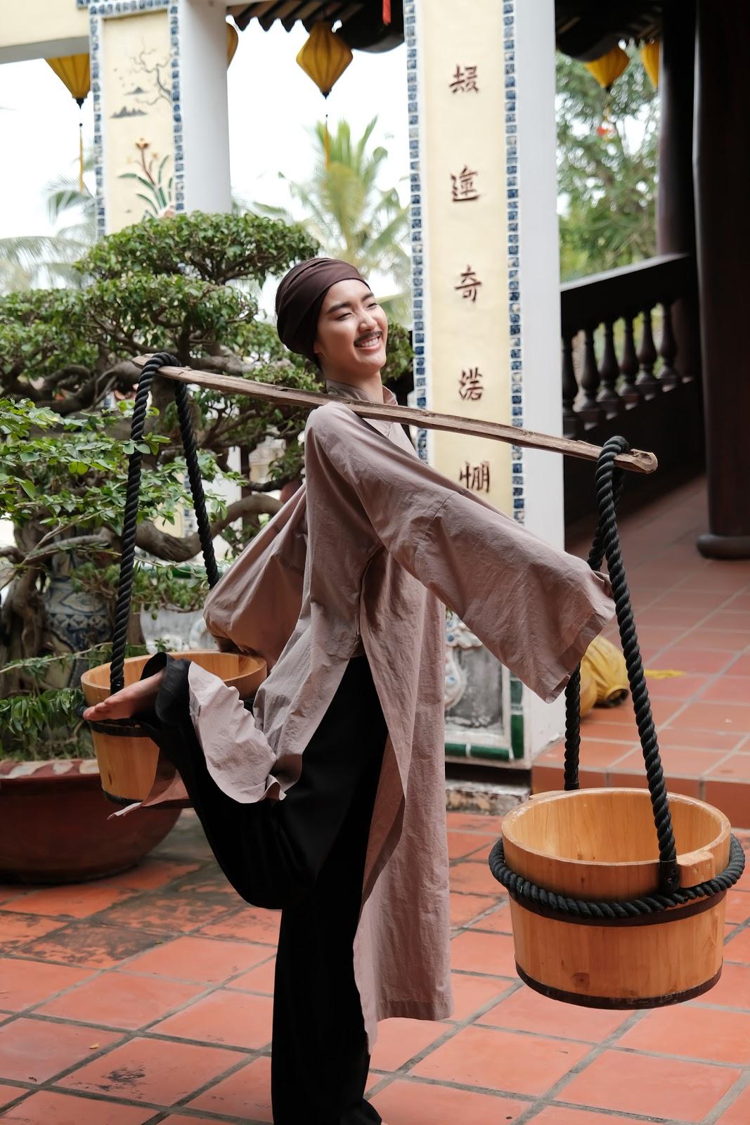 Jang Mi tiết lộ hậu trường hóa trang Chúc Anh Đài cua trai đẹp trong MV tiền tỷ - Hình 5