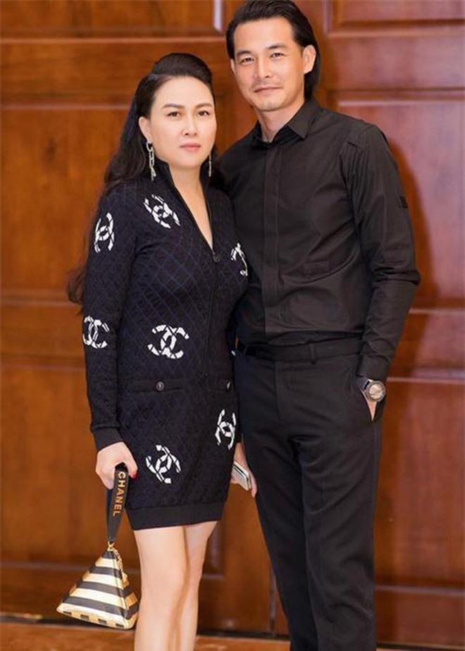 Quách Ngọc Ngoan và Phượng Chanel chia tay sau 6 năm gắn bó, làm rõ thông tin đã đăng ký kết hôn - Hình 3