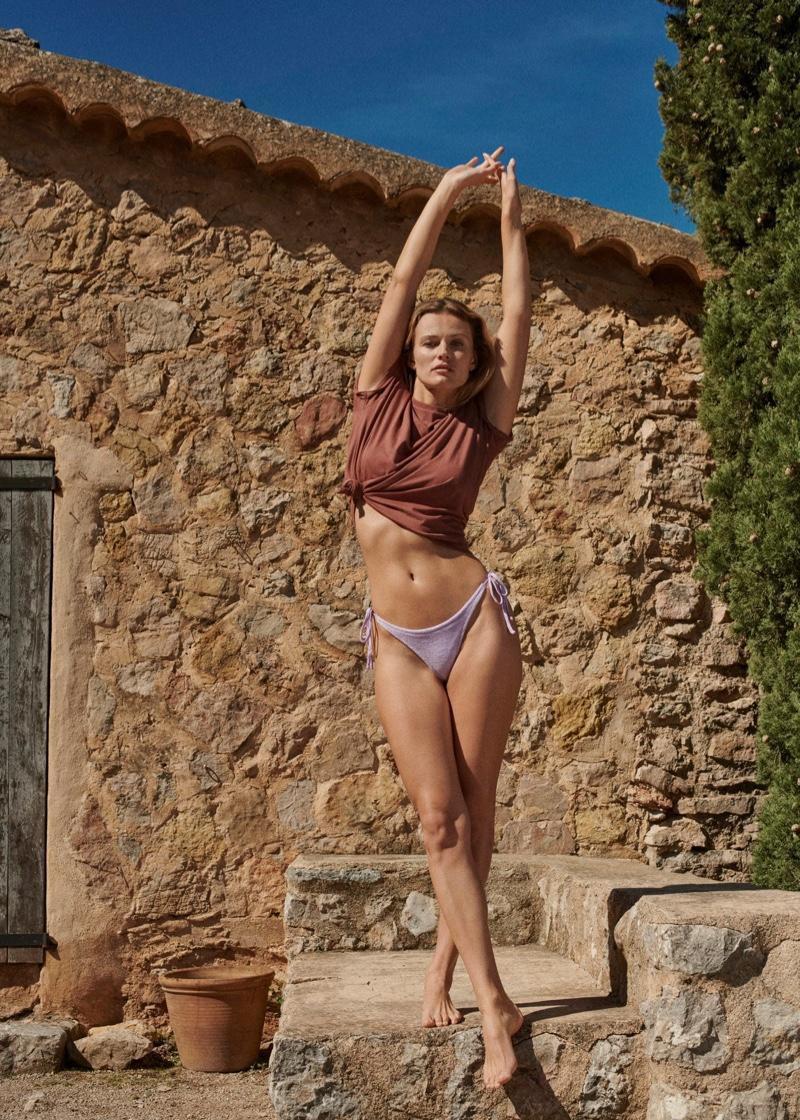Siêu mẫu Edita Vilkeviciute khoe dáng với áo tắm - Hình 13