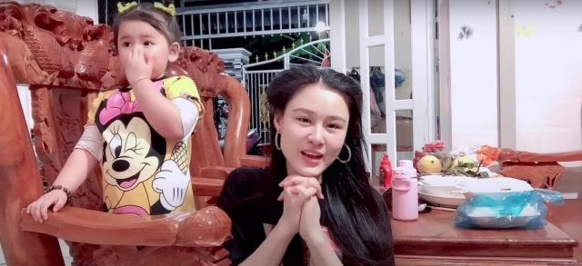 Hậu bị tố lừa đảo, Linh Lan được em gái Vân Quang Long gửi tiền đô - Hình 3
