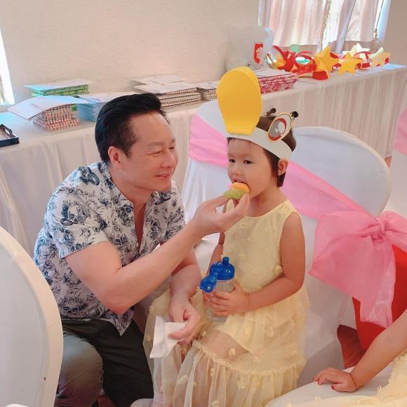 Cuộc sống được chồng đại gia cung phụng như bà hoàng của Phan Như Thảo - Hình 9