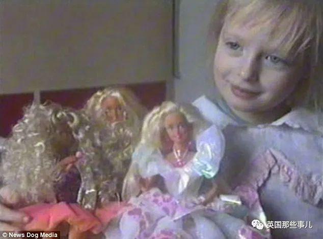 Cô gái được cha mẹ nuôi nấng như một Barbie sống từ năm 6 tuổi: xinh đẹp nhưng lại bị kiểm soát cả đời - Hình 4