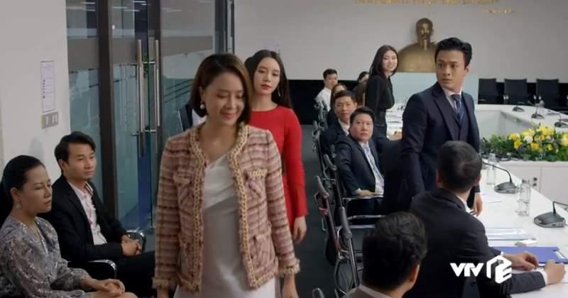 Hướng dương ngược nắng: Châu - Minh - Ngọc biến cuộc họp cổ đông thành sàn catwalk, khí chất sang chảnh và quyền lực - Hình 3