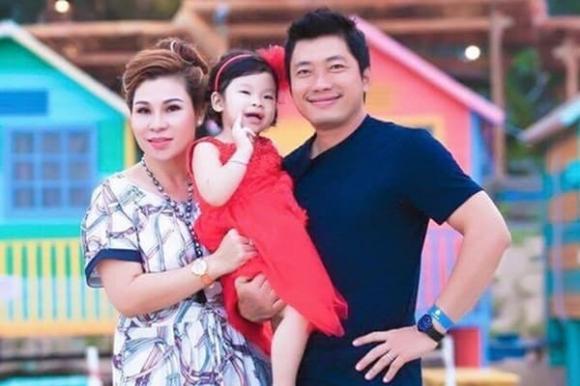 SỐC: Chân dung vợ diễn viên Kinh Quốc - nữ đại gia bị bắt trong đường dây cho vay nặng lãi cắt cổ - Hình 4