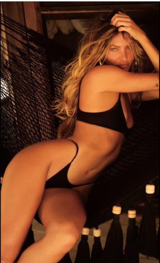 Thiên thần nội y Candice Swanepoel đẹp nín thở với bikini - Hình 1
