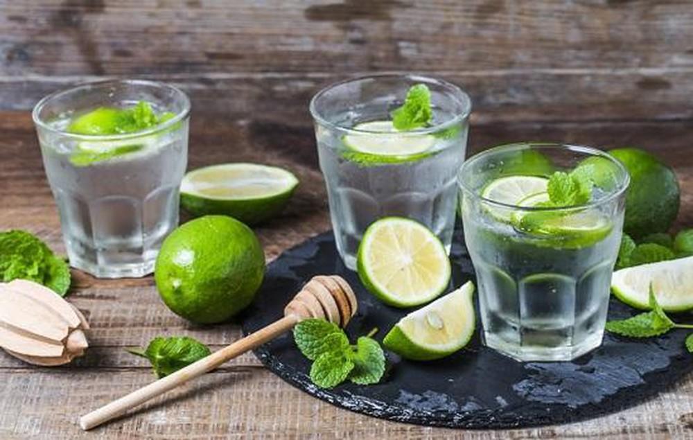 Những sai lầm khi uống nước chanh chị em cần bỏ ngay - Hình 3
