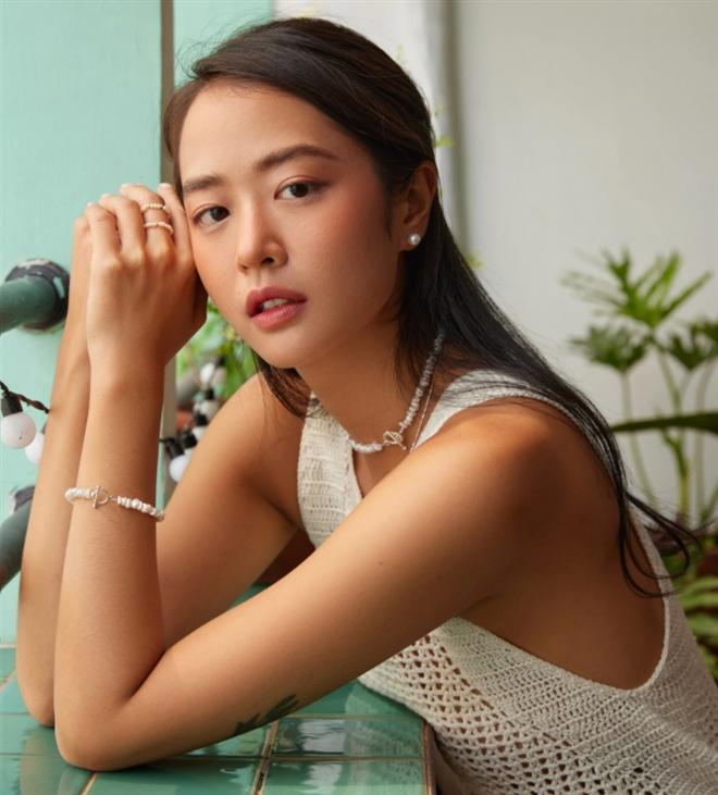 3 'nàng thơ' lai Việt - Pháp 'hớp hồn' dân mạng bởi nét đẹp rất riêng - Hình 5