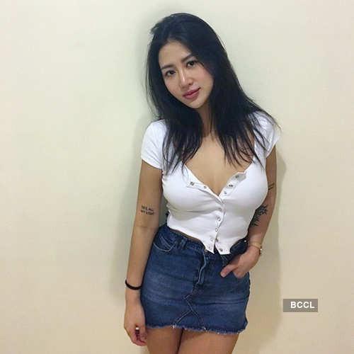 Nữ y tá xinh đẹp Đài Loan gây sốt vì gu ăn mặc quá nóng bỏng - Hình 9