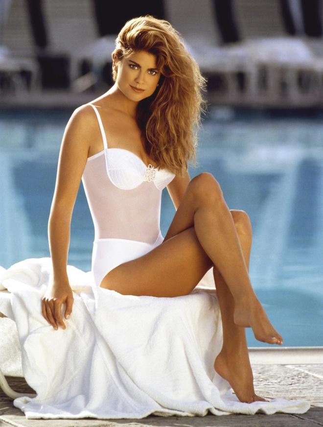 Những người mẫu áo tắm nổi tiếng nhất mọi thời đại - Hình 2