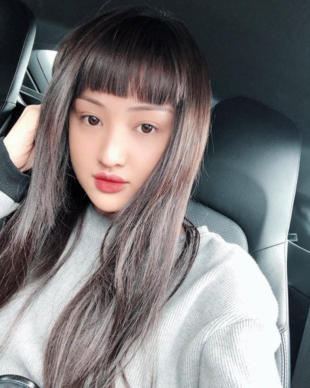 Tuổi 33, cựu hot girl Sài thành đẹp cuốn hút, thừa nhận dao kéo - Hình 9