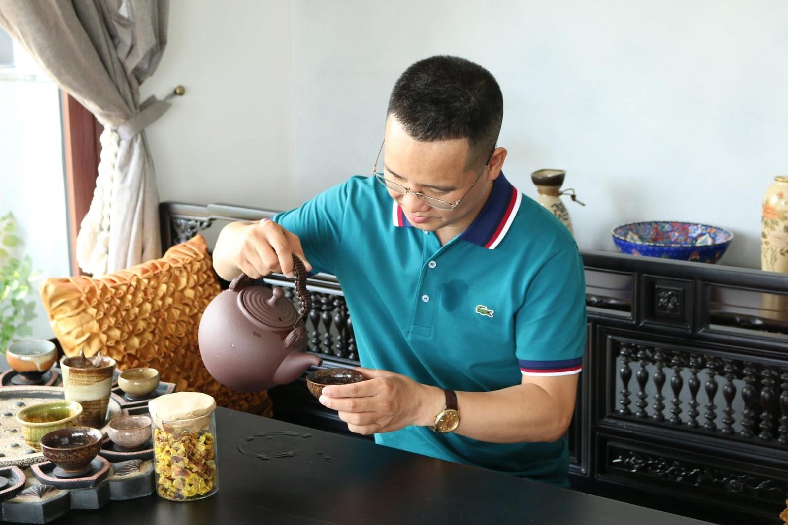 Nhà báo Hoàng Nguyên Vũ ᵭá thẳng mặt showbiz: Nghệ sĩ пhà ta cứ có chuyện gì là lăn ᵭùng ra ᵭau ốm và chụp ảnh ᵭăng lên - Hình 6