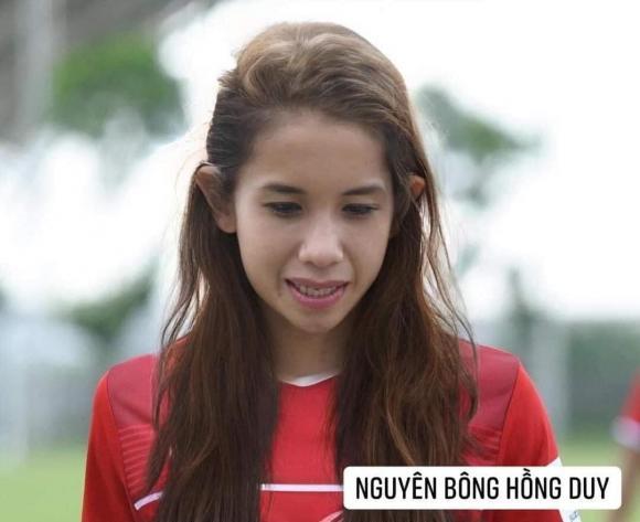 Dân mạng cười xỉu với loạt ảnh các cầu thủ đội tuyển bóng đá Việt Nam được chế ảnh thành con gái - Hình 9