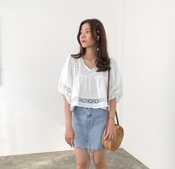 3 kiểu áo blouse trắng lên ngôi hè 2021, kiểu thứ nhất nàng công sở nào cũng mê mệt vì nữ tính và kiêu sa - Hình 8